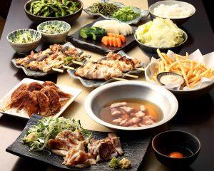 とりいちず 小岩北口店の鶏料理を満喫できる〈食べ放題×飲み放題コース〉