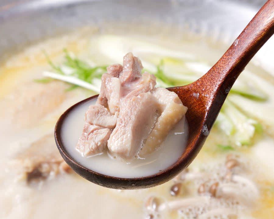 とりいちず 小岩北口店で味わえるコラーゲンたっぷり鍋